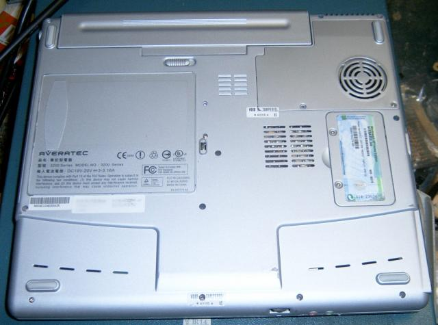averatec 3200 lappy bottom