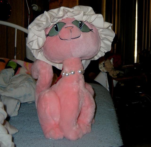 pink loli kitty